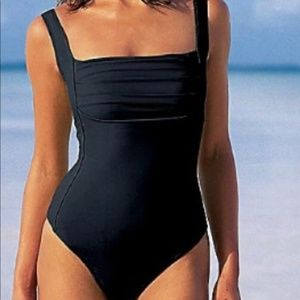 Shape FX Black Swimsuit 8 Pleated Front one piece